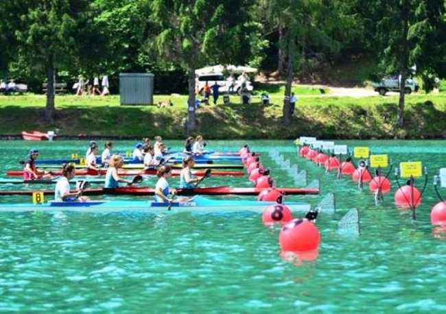 canoa generica gara