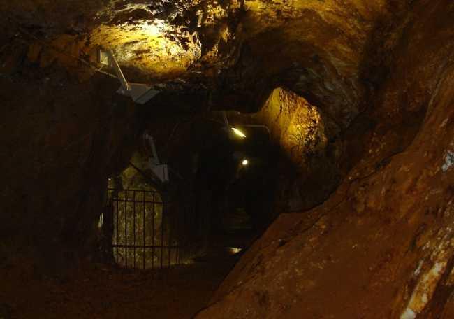 interno della galleria Val Toppa